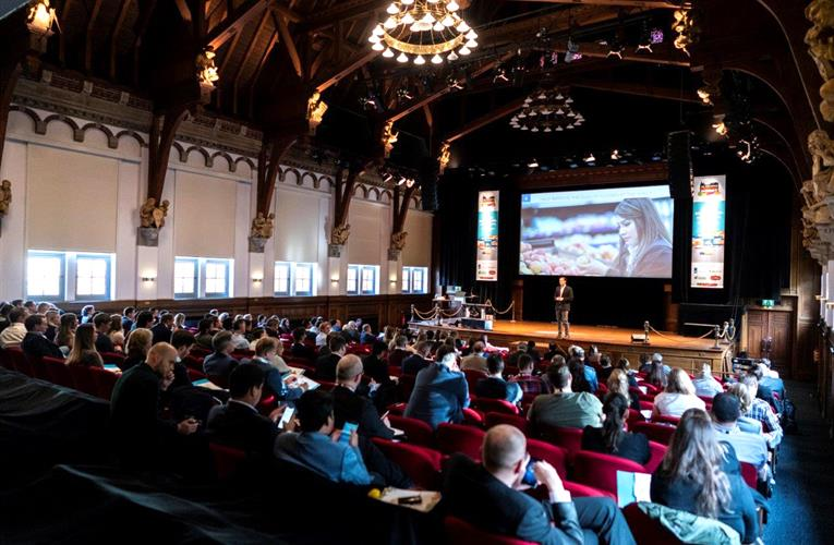 Omni-channel experts help produce industry adapt to new retail reality at Amsterdam Produce Summit